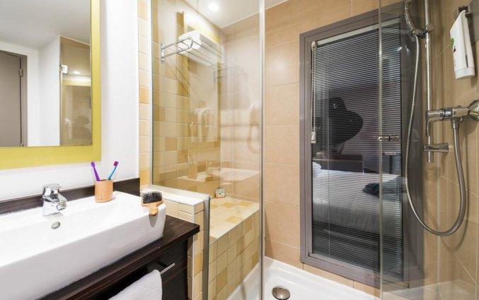 Badkamer van hotel Ibis Styles Nice Vieux Port Nice