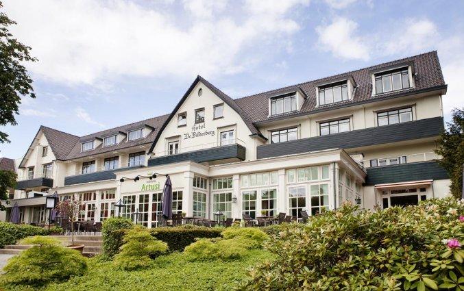 Gebouw van Hotel De Bilderberg op de Veluwe