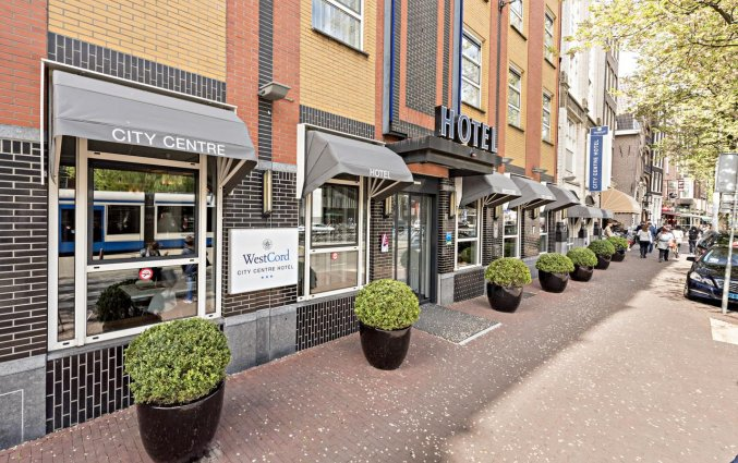 Entree van het WestCord City Centre Hotel Amsterdam