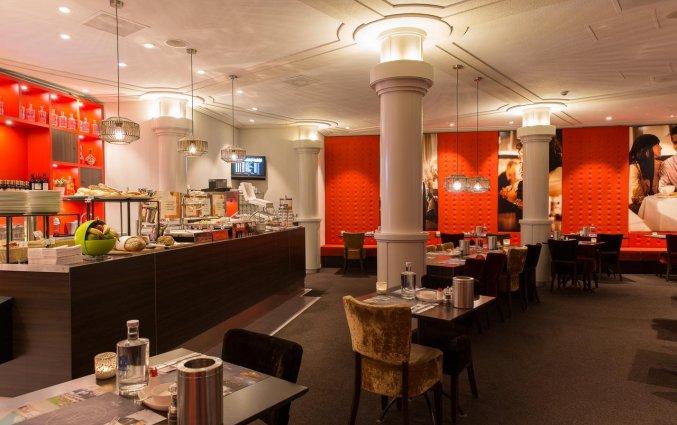 Ontbijtruimte met buffet van het WestCord City Centre Hotel Amsterdam