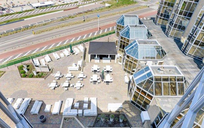 Terras van Hotel NH Zandvoort aan de Nederlandse Kust