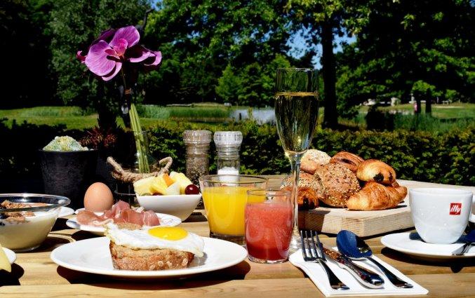 Ontbijt van Hotel DoubleTree by Hilton Royal Parc Soestduinen op de Utrechtse Heuvelrug