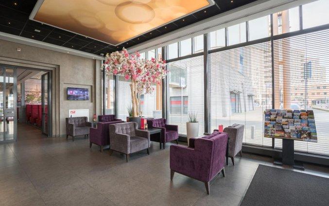 Lounge van Ramada The Hague Scheveningen Noordzeekust