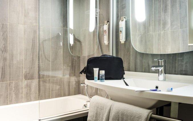 Badkamer in een tweepersoonskamer in Hotel Ibis Kathedraal Gent