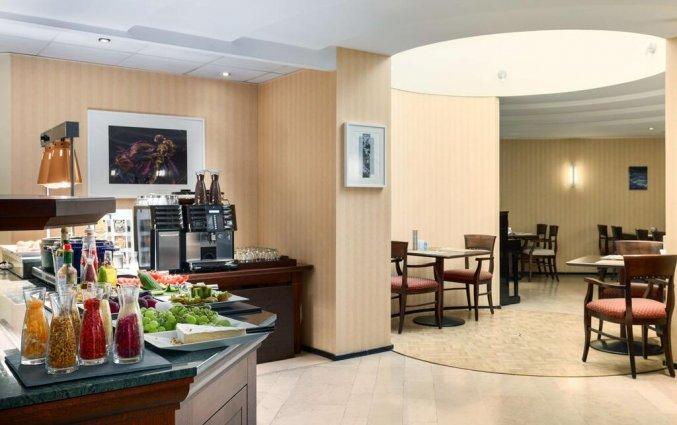 Ontbijtzaal in Hotel NH Sint Pieters Gent