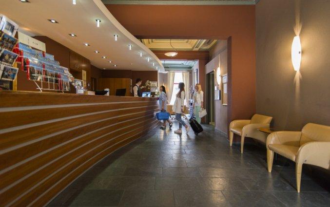 Receptie van Hotel Academie Brugge
