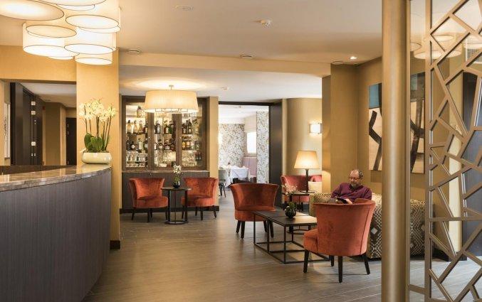 Receptie en loungebar van Hotel Aragon in Brugge