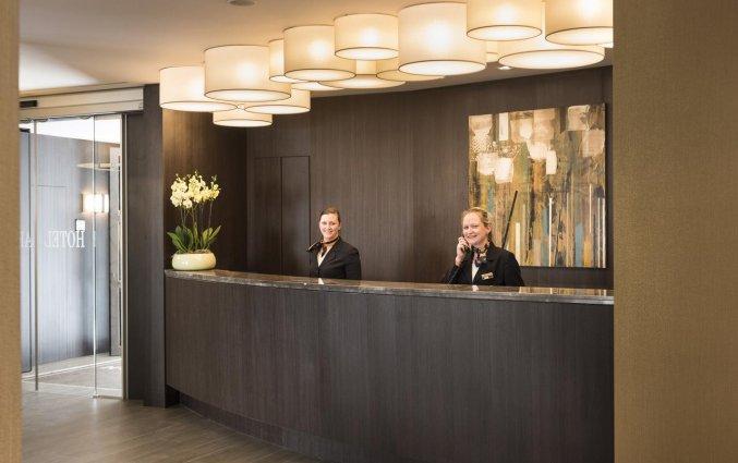 Receptie van Hotel Aragon in Brugge
