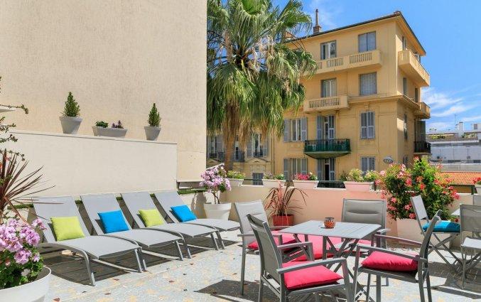 Terras van Hotel Locarno Nice