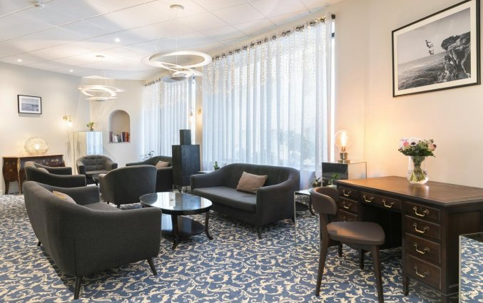 Lounge van Hotel Locarno Nice