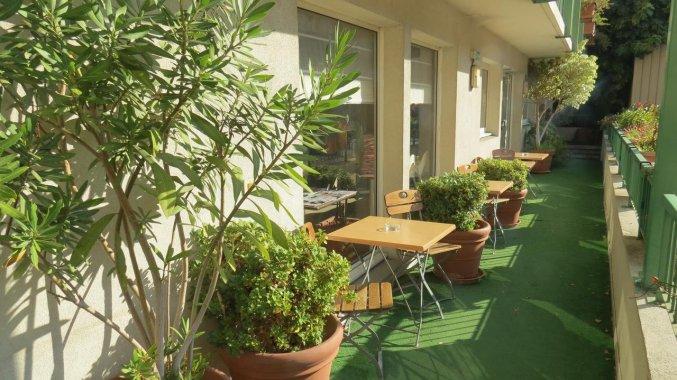 Terras van Hotel Campanile Hotel Nice Centre Acropolis in Nice