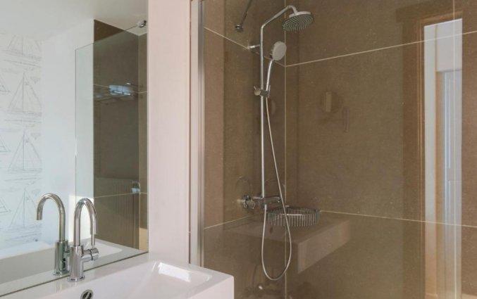Badkamer van een tweepersoonskamer van Hotel Duinhof the Original Relais aan de Belgische Kust