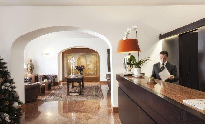 Receptie van Hotel Palazzo Brunaccini op Sicilië