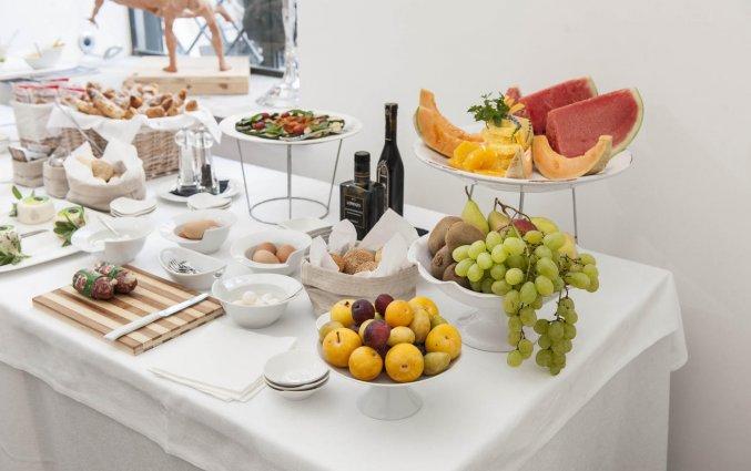 Ontbijtbuffet van Hotel Palazzo Brunaccini op Sicilië