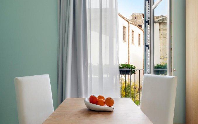 Kamer met balkon van Hotel Palazzo Brunaccini op Sicilië