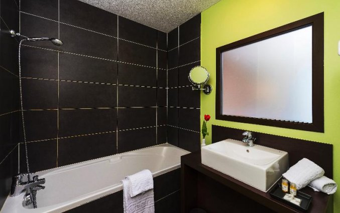 Badkamer van Hotel Residences Zenitude Bègles in Bordeaux