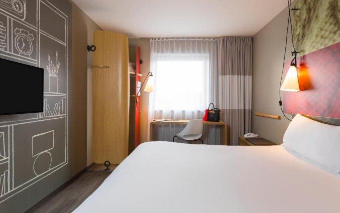 Tweepersoonskamer van Hotel ibis De Haan aan de Belgische Kust