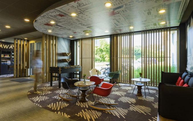 Lobby van Hotel ibis De Haan aan de Belgische Kust