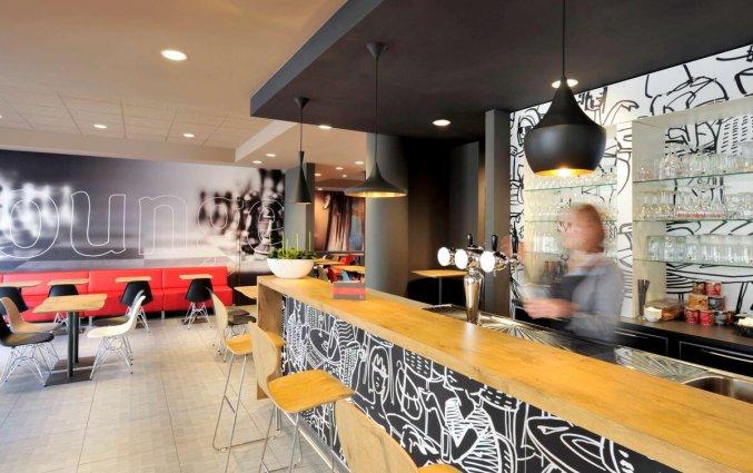 Bar van Hotel ibis De Panne aan de Belgische Kust