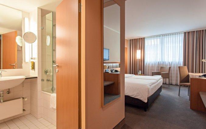 Tweepersoonskamer van Hotel Lindner Dom Residence in Keulen