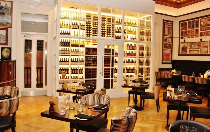 Restaurant met bar van Hotel Indigo Edinburgh Princess Street