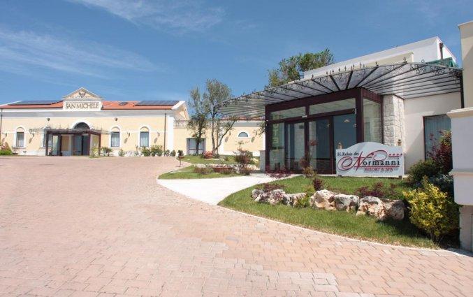 Gebouw van Hotel Palace San Michele in Puglia