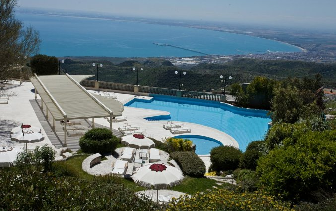 Uitzicht vanuit Hotel Palace San Michele in Puglia