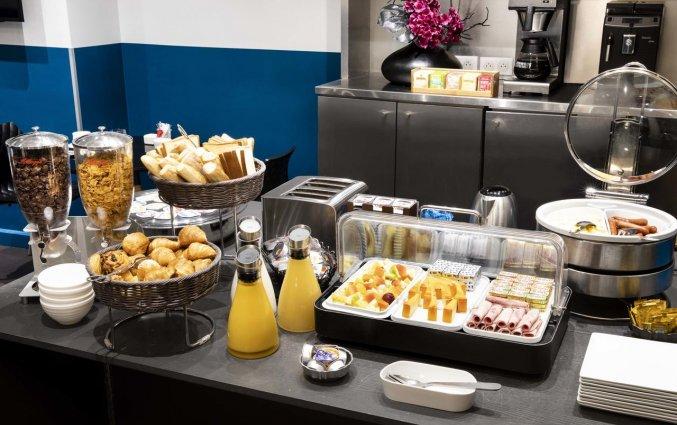 Ontbijt van Grand Hotel Leveque in Parijs