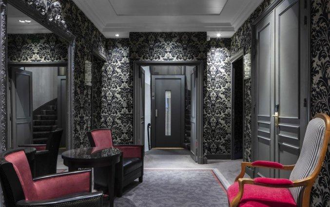 Hal van Hotel Regent's Garden Astotel in Parijs