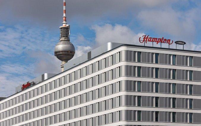 Gebouw van Hotel Hampton Inn Berlin City Centre Alexanderplatz in Berlijn