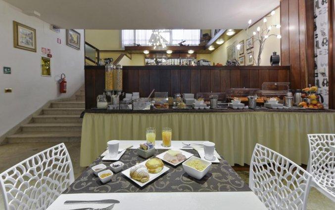 Ontbijtbuffet van Hotel Jane in Florence
