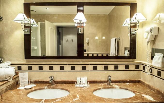 Badkamer in hotel San Gallo Palace