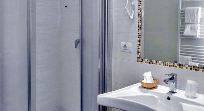 Badkamer bij hotel Cantoria Florence