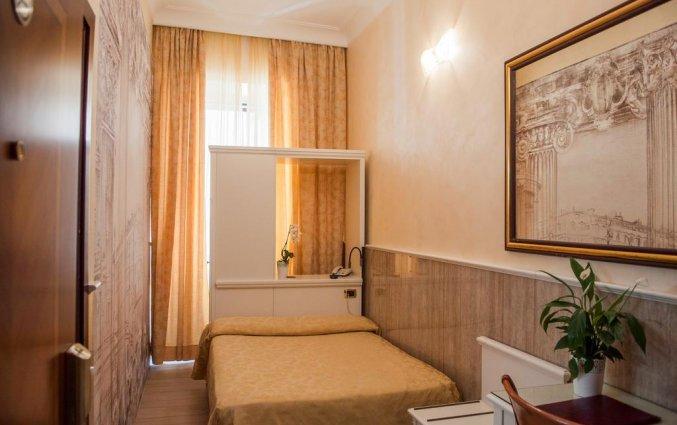 Tweepersoonskamer van Hotel Palladium Palace Rome