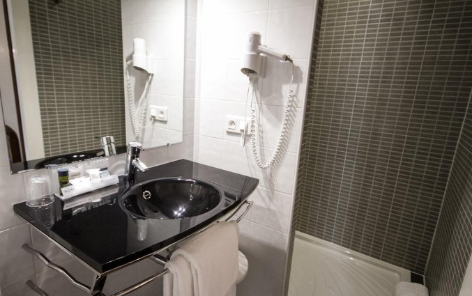 Badkamer van Hotel Majestic in Bordeaux