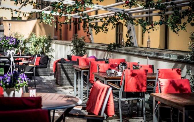 Buiten terras in hotel Scandic Norra Bantorget in Noorwegen