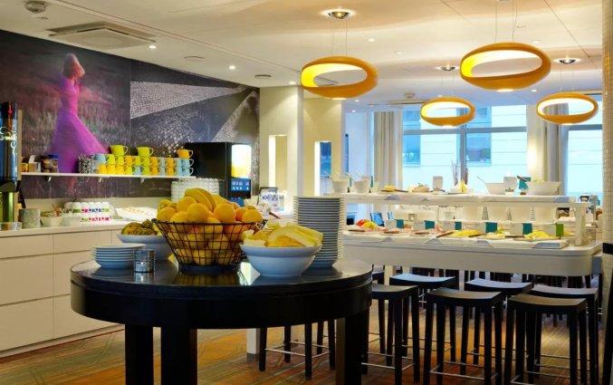 Ontbijtzaal in hotel Scandic Norra Bantorget in Noorwegen