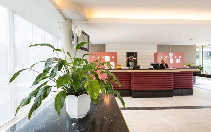 Receptie van Hotel Restaurant Weinebrugge