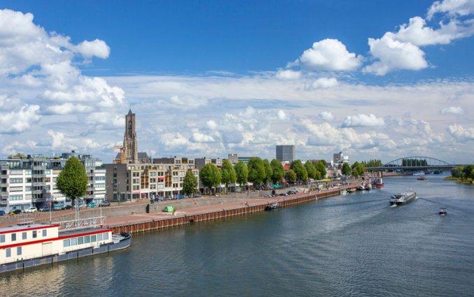 Arnhem - Uitzicht vanaf de Rijn