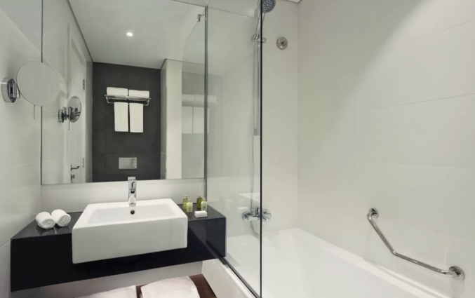 Badkamer van hotel TRYP by Wyndham Dubai