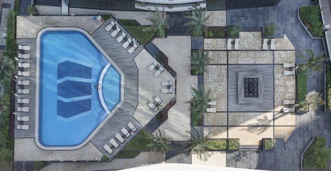 Zwembad van Hotel Atana