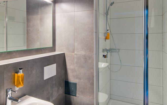 Badkamer van een tweepersoonskamer van Hotel Start Atos in Warschau