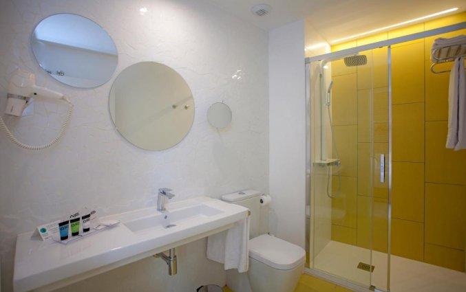 Badkamer bij Hotel Casual Socarrat Valencia