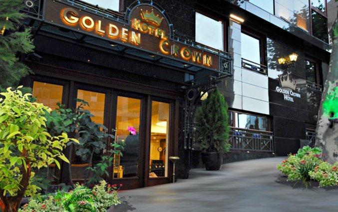 Vooraanzicht van Golden Crown Hotel Istanbul
