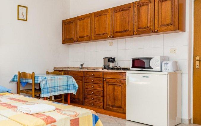Kitchenette van Aparthotel Villa Viljalo in Dubrovnik