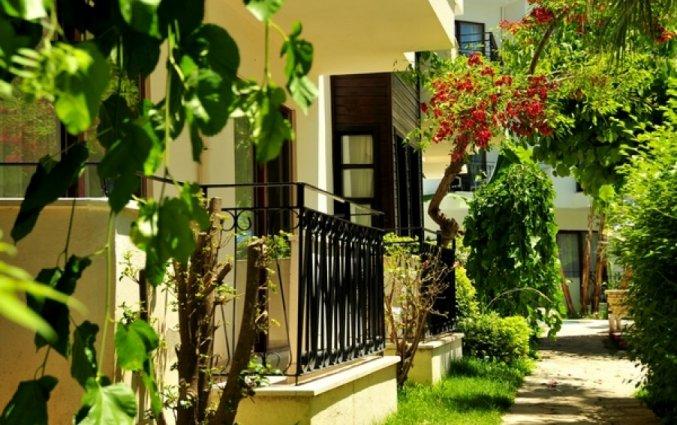 Tuin van Hotel Lemas Suite in Side