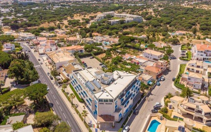 Luchtfoto bij Hotel Velamar Boutique