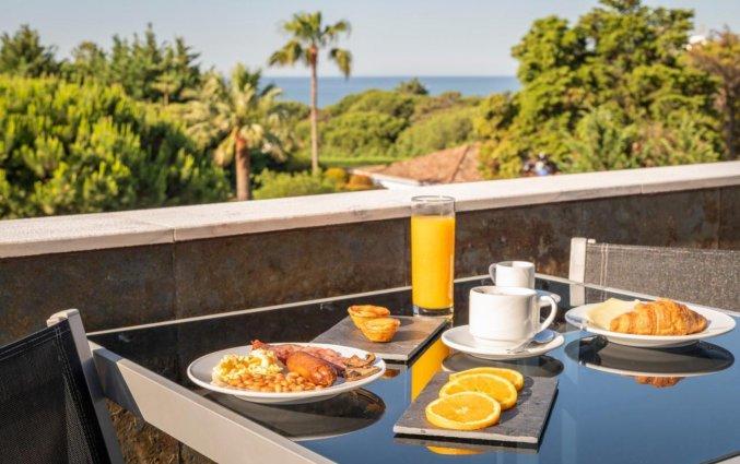 Ontbijt met uitzicht bij Hotel Velamar Boutique