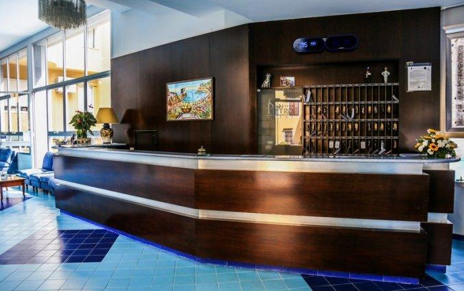 receptie van hotel residance san pietro