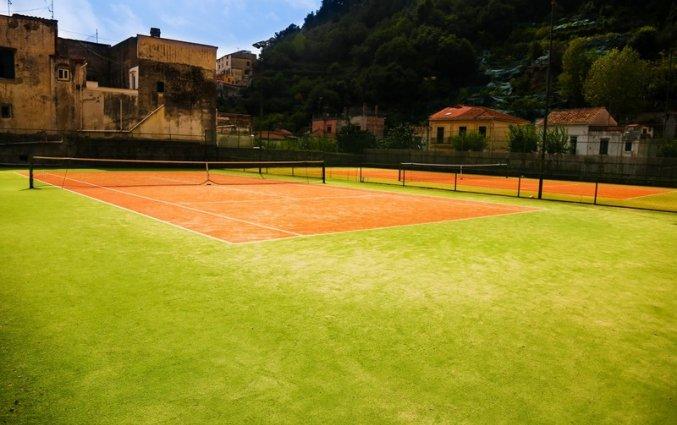 Tennisbaan van het hotel san pietro